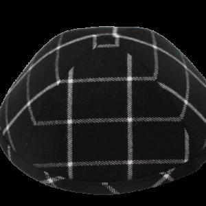 כיפה סקוטית מבד צמר צבע שחור