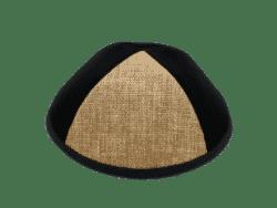 כיפה מבד קטיפה צבע שחור שילוב משולש בד ארוג צבע קאמל