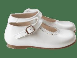 נעל בובה צבע לבן פנינה – מט