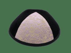 כיפה מבד קטיפה צבע שחור שילוב משולש צבע סגול