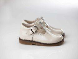 נעל תינוקות צבע שמנת סוליה עבה